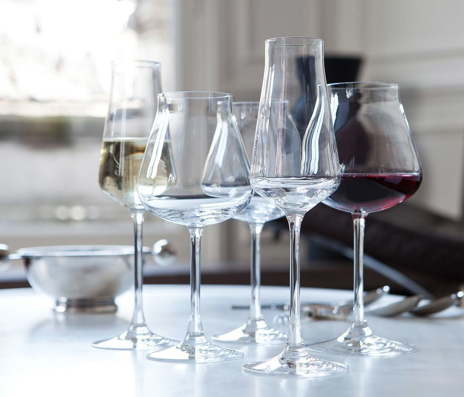Ch teau baccarat white wine glass crystal glasses home accessories avax deco - Baccarat stemware ...